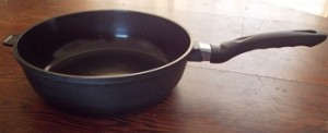 Sola cookware